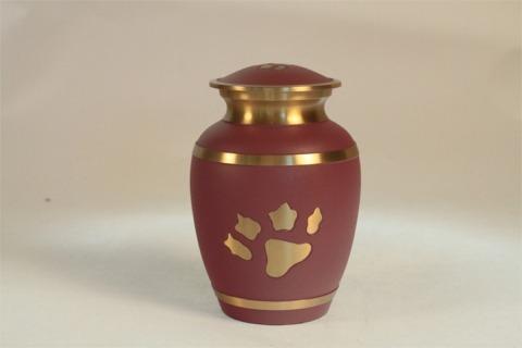 Urna rosso scuro a forma di vaso con rifiniture dorate